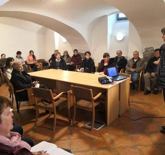 """Održan seminar """" Obrtnička komora Varaždinske županije organizirala je za svoje članove seminar za obrtnike """"Priprema za završni obračun 2018 . godine i porezna reforma na snazi od 1.1.2019."""""""