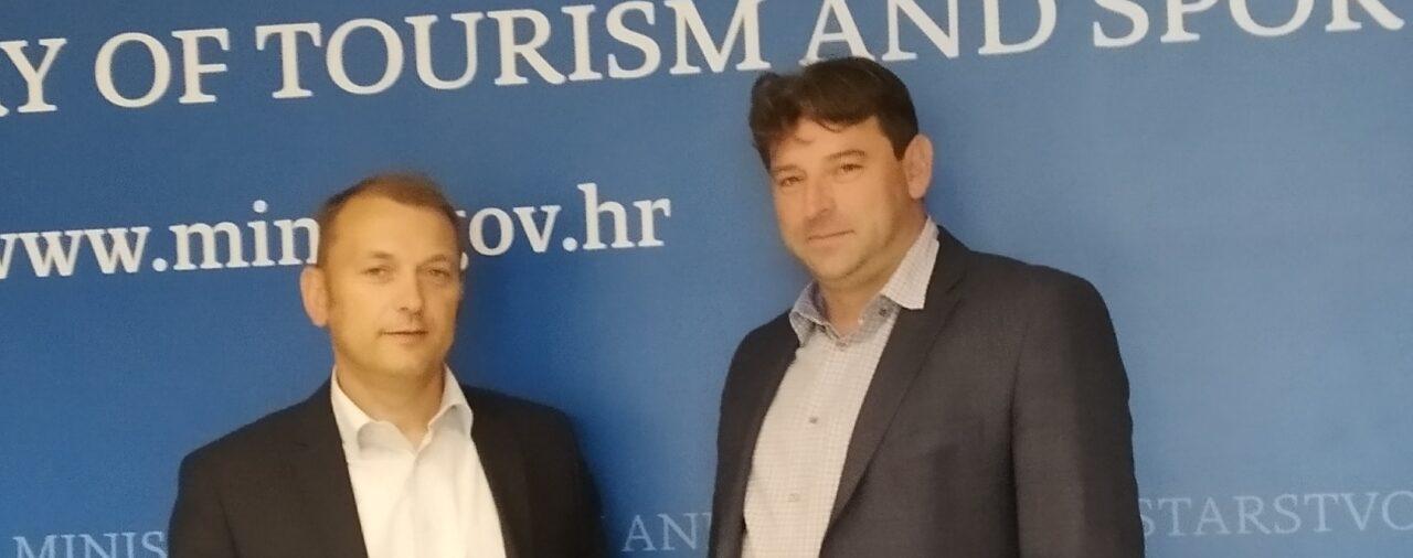 Dogovor o stipendiranju u Ministarstvu turizma i sporta